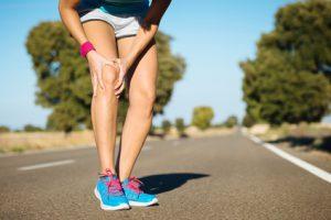 Schmerzen im Knie Sport Arthrose